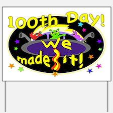 100Th Day Cute Aliens Yard Sign