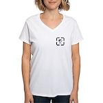 Celtic Crane Ft/Bk Women's V-Neck T-Shirt