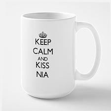 Keep Calm and kiss Nia Mugs