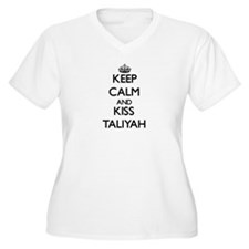 Keep Calm and kiss Taliyah Plus Size T-Shirt
