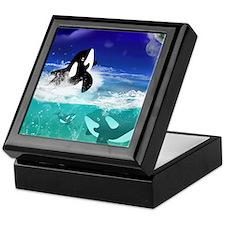 Fantastic orcas Keepsake Box