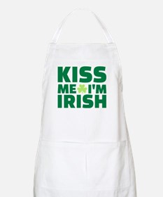 Kiss me I'm Irish shamrock Apron