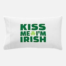 Kiss me I'm Irish shamrock Pillow Case