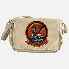 VP 30 Pro's Nest Messenger Bag
