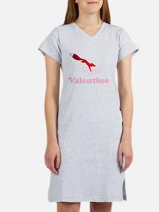 Valentine fox Women's Nightshirt