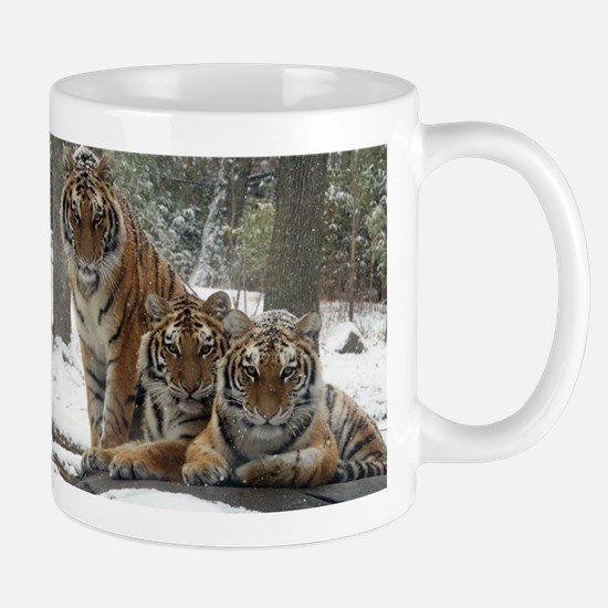 TIGER IN THE SNOW Mugs