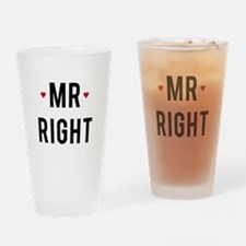 Mr right text design with red hearts Drinking Glas