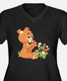 Teddy Bear Eating Strawberries Women's Plus Size V