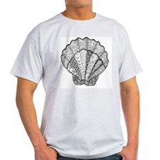 Scallop Seashell Decorative Black an T-Shirt