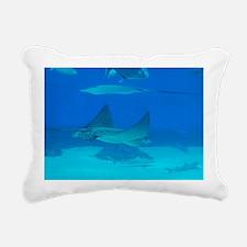 Stingray in the Deep Blu Rectangular Canvas Pillow