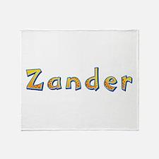 Zander Giraffe Throw Blanket