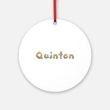 Quinton Giraffe Round Ornament
