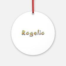 Rogelio Giraffe Round Ornament