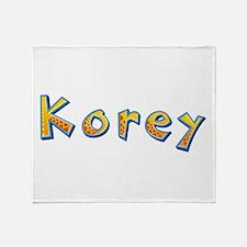 Korey Giraffe Throw Blanket