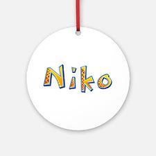 Niko Giraffe Round Ornament