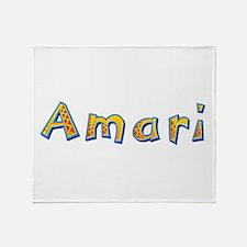 Amari Giraffe Throw Blanket