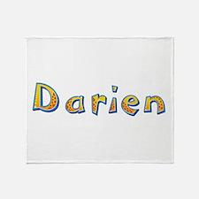 Darien Giraffe Throw Blanket