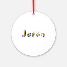 Jaron Giraffe Round Ornament