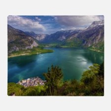 Beautiful lake view Throw Blanket
