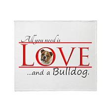Love a Bulldog Throw Blanket