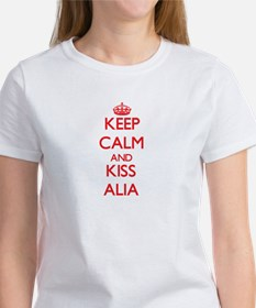 Keep Calm and Kiss Alia T-Shirt