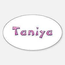 Taniya Pink Giraffe Oval Decal