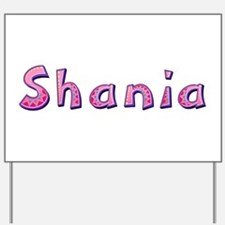 Shania Pink Giraffe Yard Sign