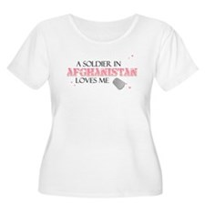A soldier in Afghanistan love T-Shirt