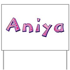 Aniya Pink Giraffe Yard Sign