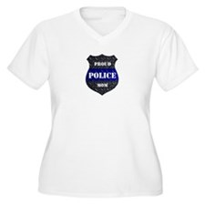 Proud Police Mom Badge Plus Size T-Shirt