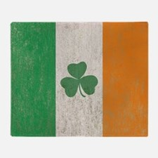 Vintage Irish Shamrock Flag Throw Blanket