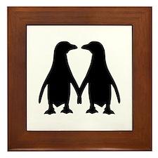 Penguin couple love Framed Tile