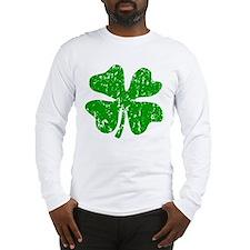 Green distressed shamrock Long Sleeve T-Shirt
