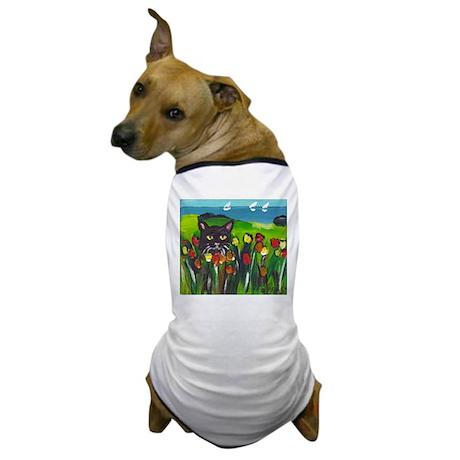 Black cat amongst tulips Dog T-Shirt