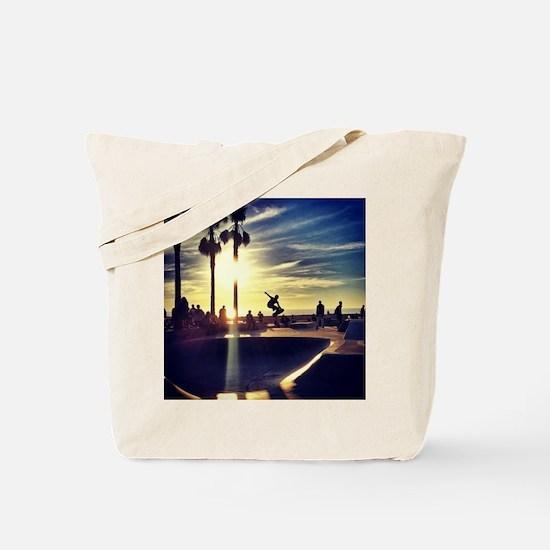 CALI SKATE Tote Bag