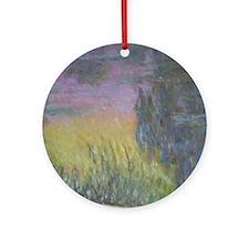 Monet's Waterlilies Round Ornament