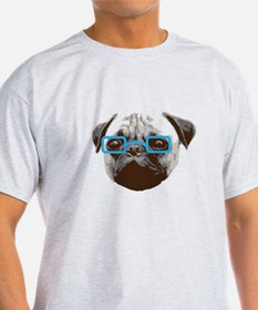 Cute Hipster Pug with Blue Glasses T-Shirt