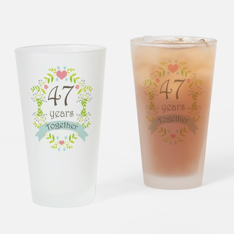 47th Anniversary flowers and hearts Drinking Glass