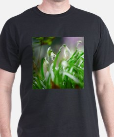 Snowdrops in spring T-Shirt