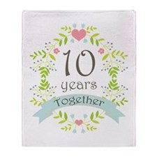 10th Anniversary flowers and hearts Throw Blanket