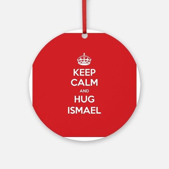 Hug Ismael Ornament (Round)
