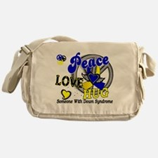 DS Peace Love Hug 2 Messenger Bag