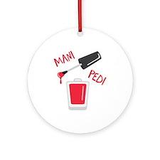 Mani Pedi Ornament (Round)