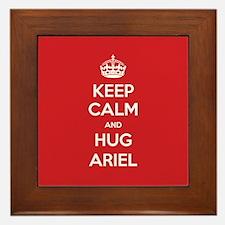 Hug Ariel Framed Tile