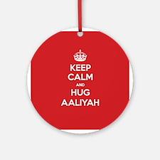 Hug Aaliyah Ornament (Round)