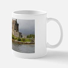 Pretty Eileen Donan Castle in Scotland Mug