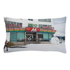Giant snow head Pillow Case