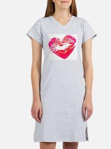 Love Women's Nightshirt