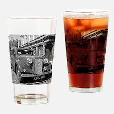 Classic car and English Pub scene Drinking Glass