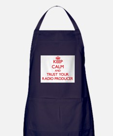 Keep Calm and trust your Radio Producer Apron (dar